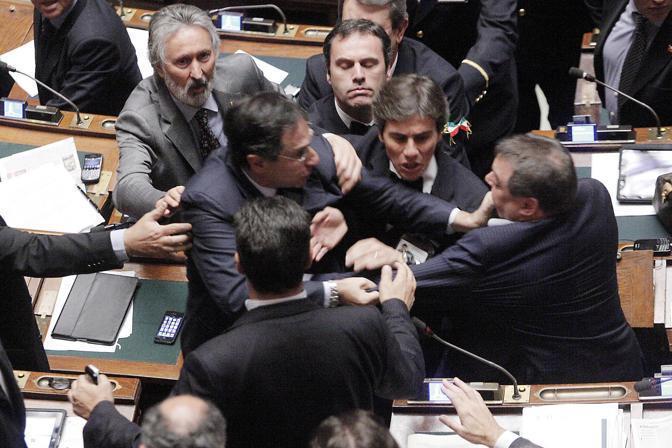 Il comunismo fasullo dei giorni nostri politica for Notizie parlamento italiano